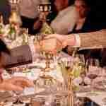 Roundtable handshake